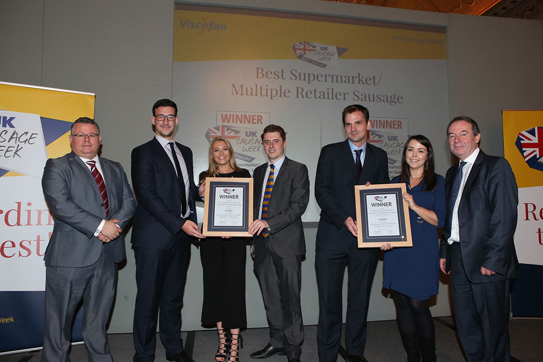 Best Supermarket/Multiple Retailer Sausage<br>L-R: Award partner Vince Minchella of Viscofan, Traditional winners Tom Smith, Lily Millard and Joe Puddifoot, Innovative winners Matt Wrisdale and Natalie Dixon, and presenter Eric Knowles.